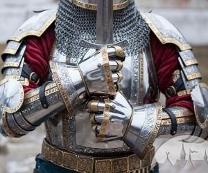 medieval-armor-640x533